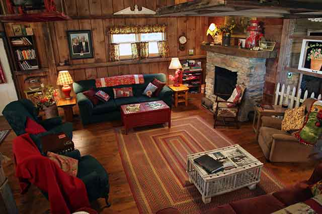 living room barn on the bluff elkader iowa